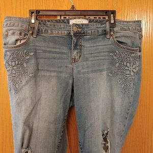 Torrid Embroidered Blow Out Jeans 18